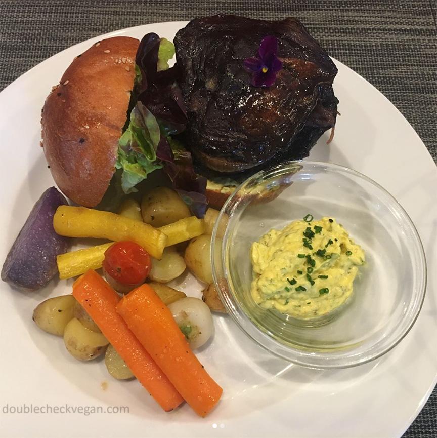 Vegan portobello burger with vegan bernaise sauce at Gentle Gourmet in Paris.